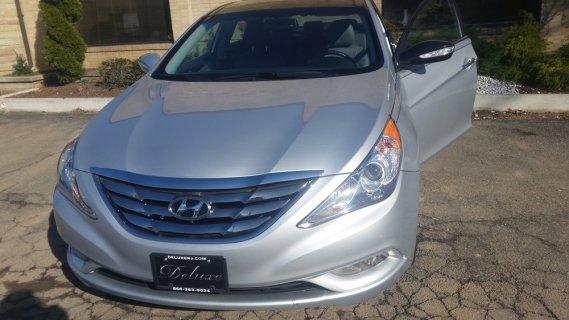Deluxe Auto Sales - Car