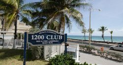 1200 Club Fort Lauderdale Sign
