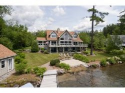 Luxury Lake Winnipesaukee home for sale Alton NH