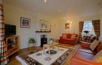 The attractive sitting room at Apple House Luxury self Catering
