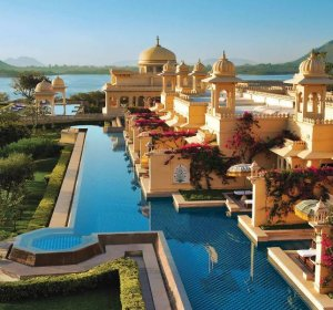 10 luxury Hotels in India