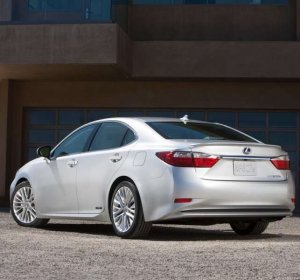 2014 luxury hybrid cars