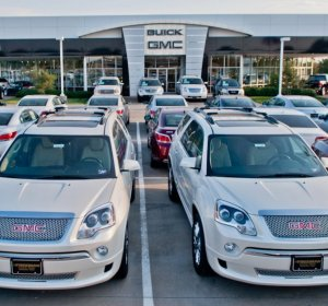 Luxury used cars dealership Dallas