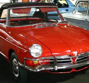 Old luxury car Manufacturers in American
