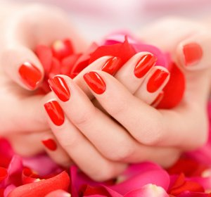 What is luxury Manicure?